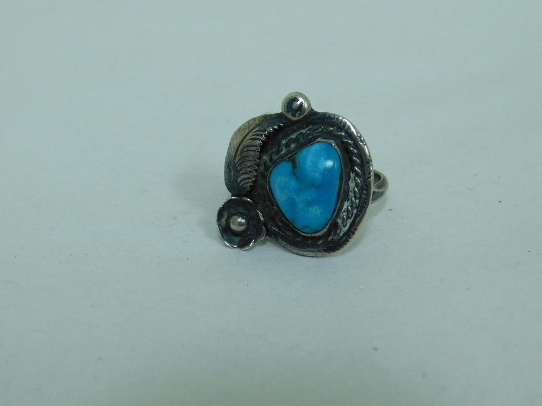 3 TURQUOISE WESTERN STYLE RINGS - 4