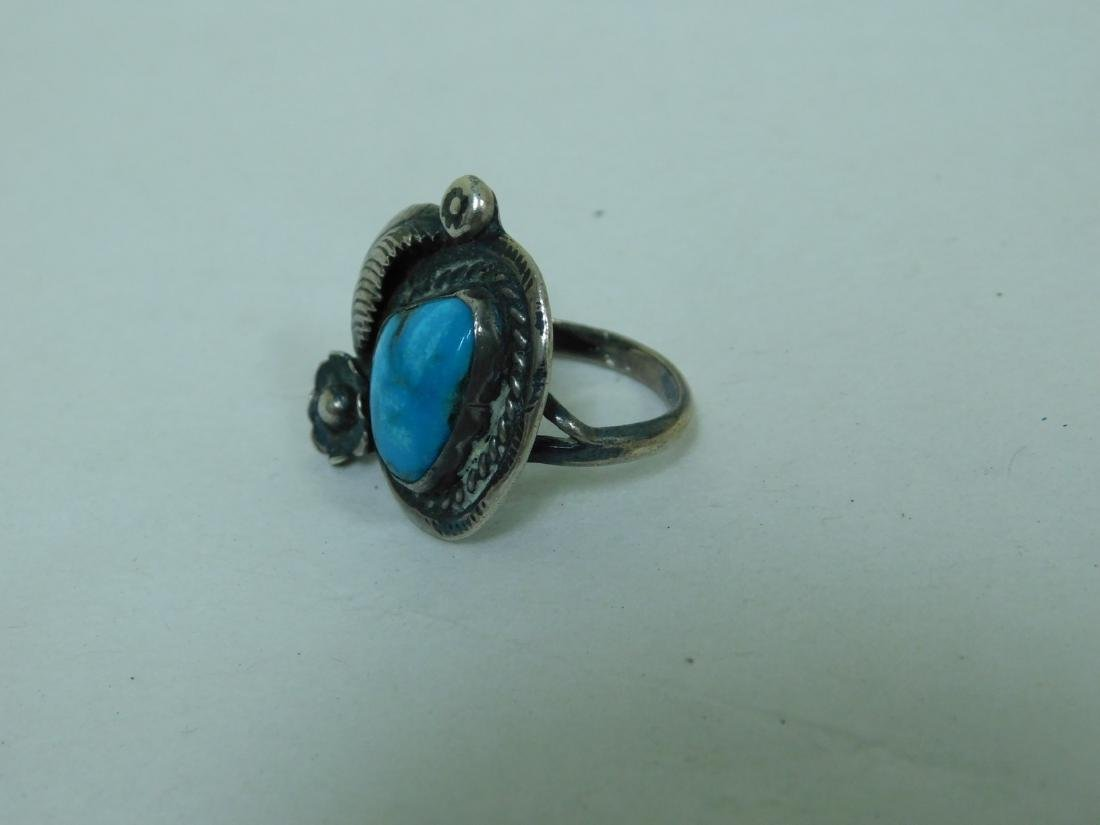 3 TURQUOISE WESTERN STYLE RINGS - 6