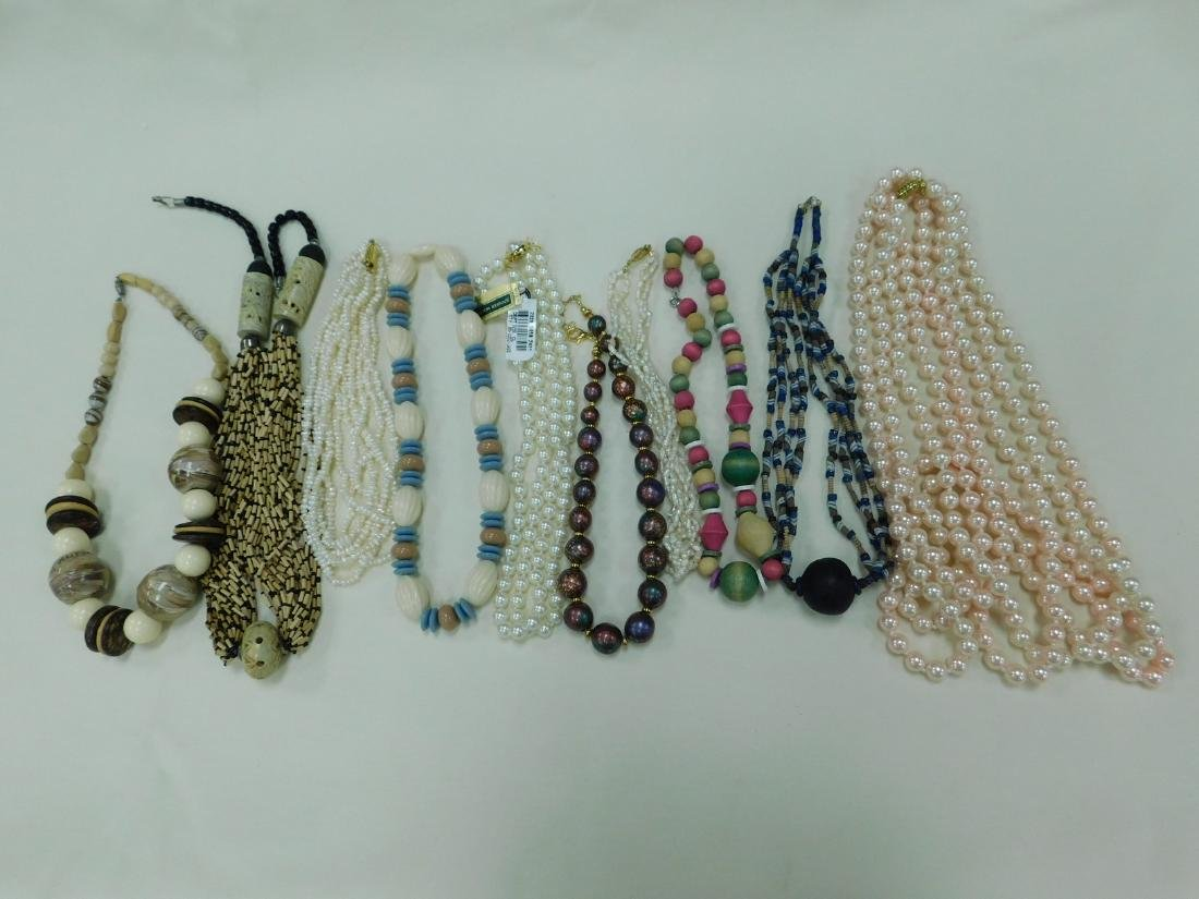 BOX OF ASSORTED COSTUME JEWELRY NECKLACES