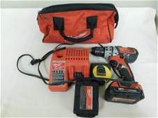 MILWAUKEE DRILL IN CARRYING BAG