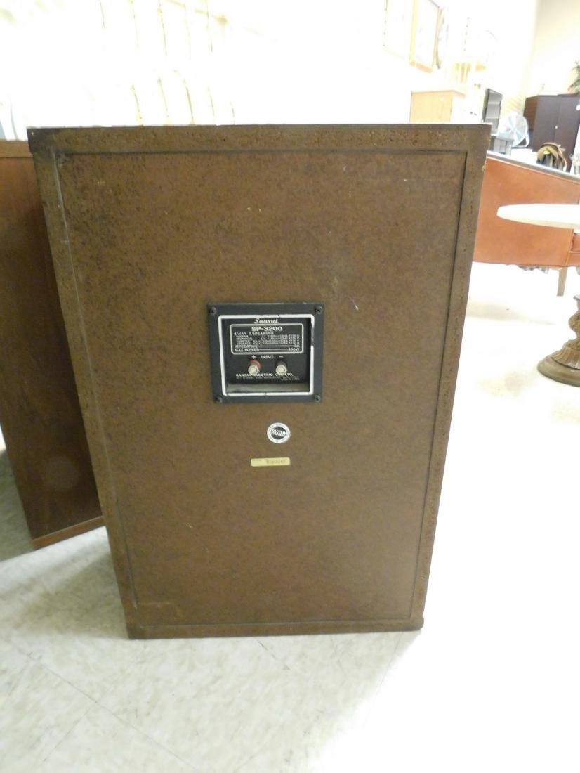 PAIR OF VINTAGE SANSUI SP-3200 WOOD CASE SPEAKERS - 4