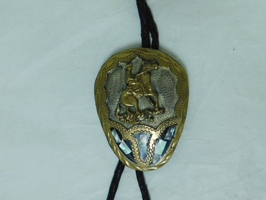 MEXICO SILVER BOLO TIE WITH ABALONE INLAY