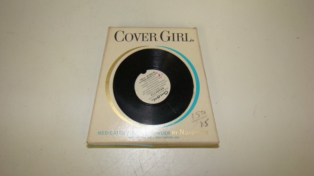 VINTAGE ARMAND CLEANSING CREAM & COVER GIRL COMPACT - 2