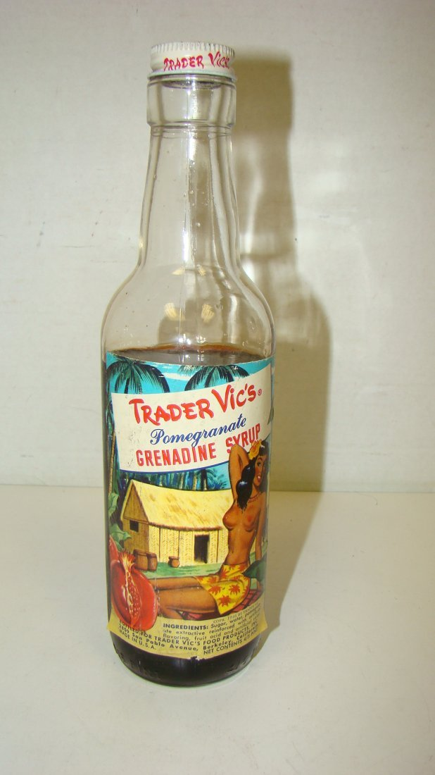 VINTAGE TRADER VIC'S 4/5 PINT GRENADINE BOTTLE