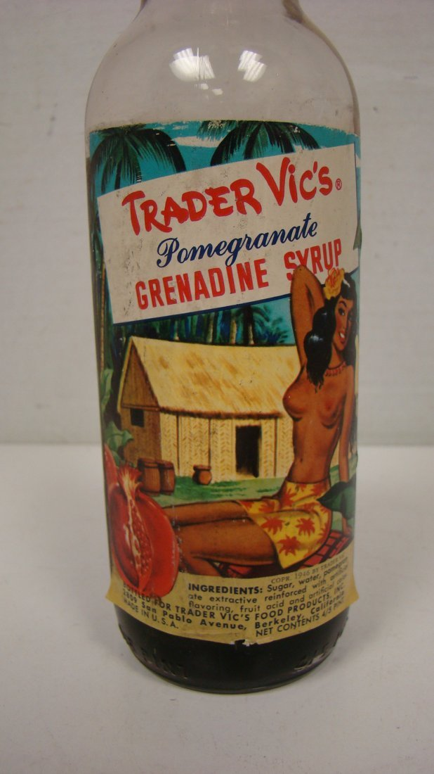 VINTAGE TRADER VIC'S 4/5 PINT GRENADINE BOTTLE - 3