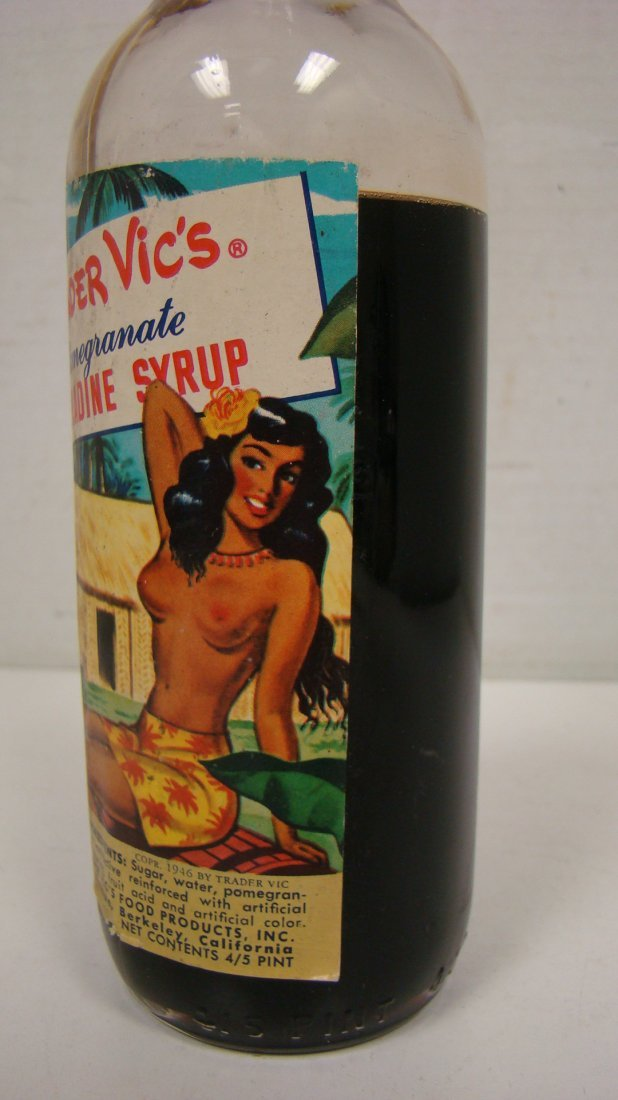 VINTAGE TRADER VIC'S 4/5 PINT GRENADINE BOTTLE - 4