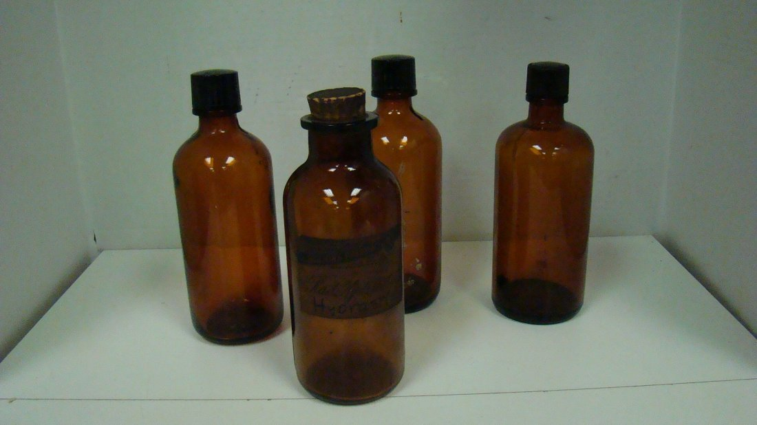 VINTAGE APOTHECARY GLASS BOTTLES - 3 ITEMS
