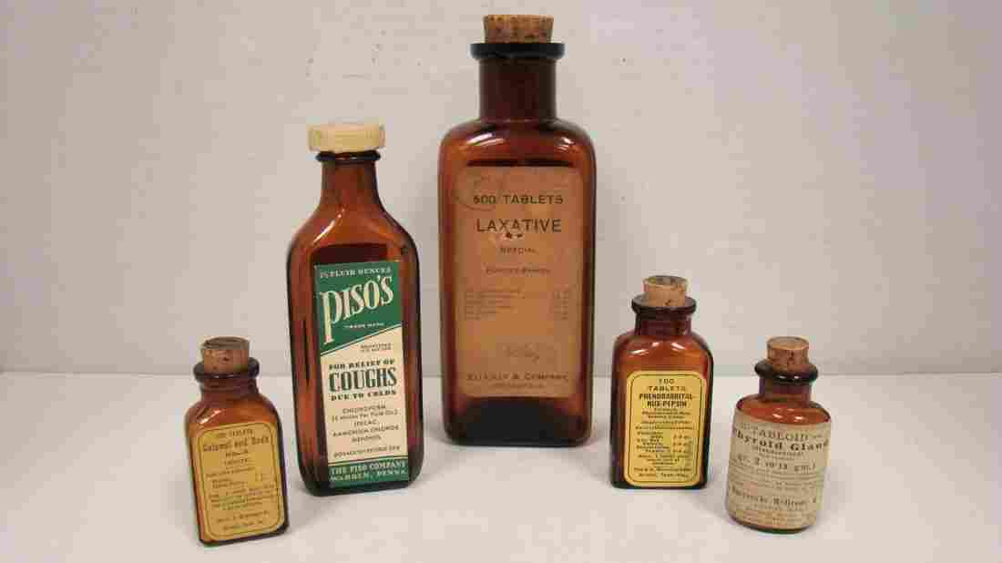 5 VINTAGE APOTHECARY/PHARMACAUTICAL ITEMS