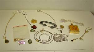 VARIOUS LOT OF COSTUME JEWELRY