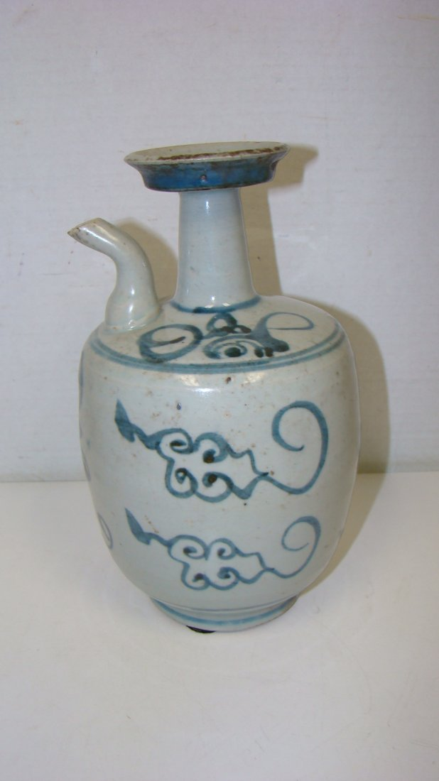 17TH CENTURY POTTERY WINE JUG