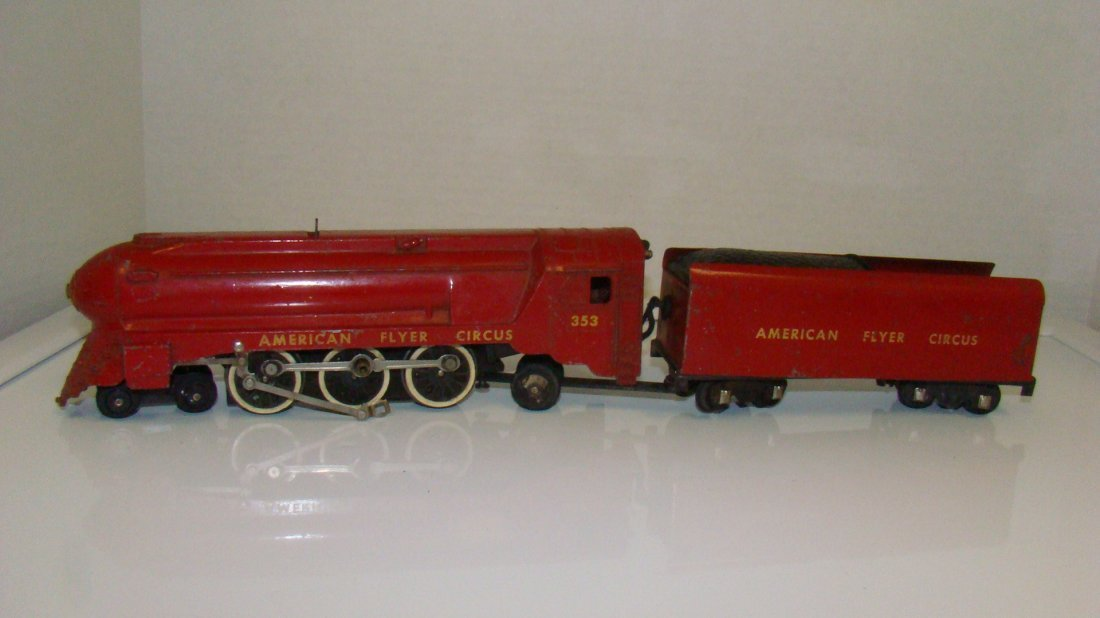 VINTAGE AMERICAN FLYER 353 CIRCUS LOCOMOTIVE & TEN