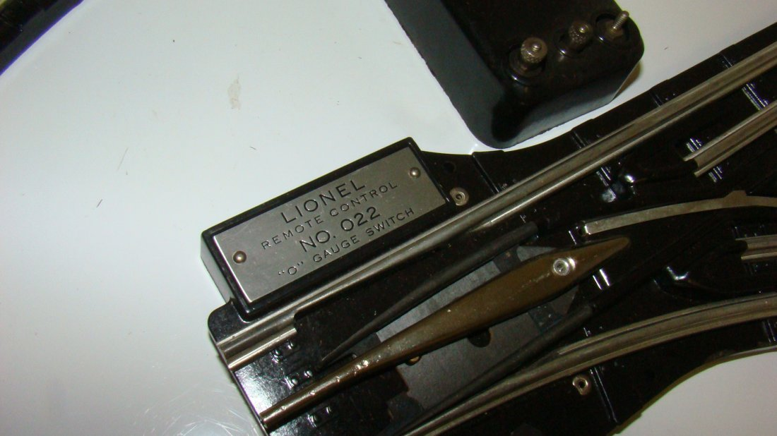 LIONEL NO. 022 RH & LH O GAUGE SWITCHES - 4