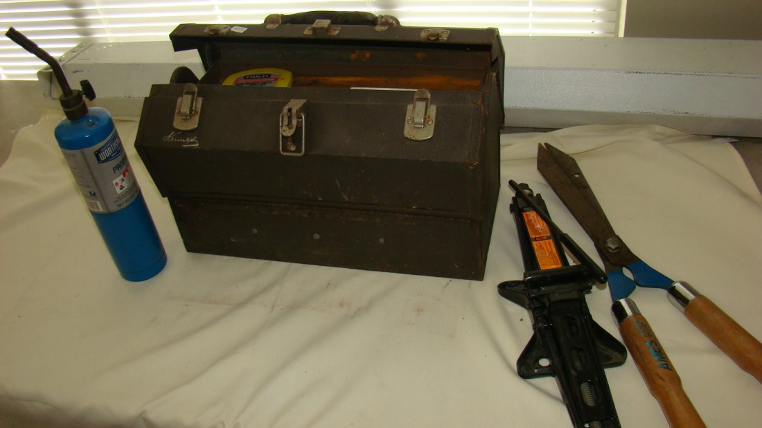 USED KENNEDY TOOL BOX W/ CONTENTS