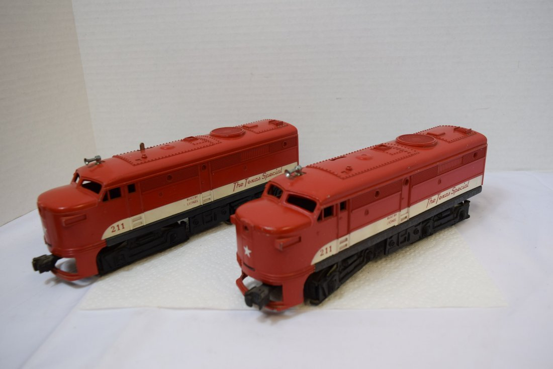 LIONEL 211 THE TEXAS SPECIAL DIESEL AND DUMMY ENGI - 4