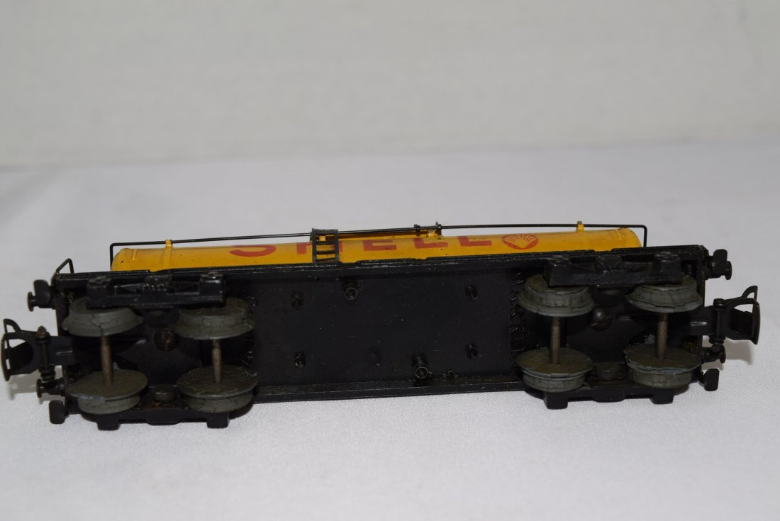 VINTAGE MARKLIN SHELL TANK TRAIN CAR 334 - 5