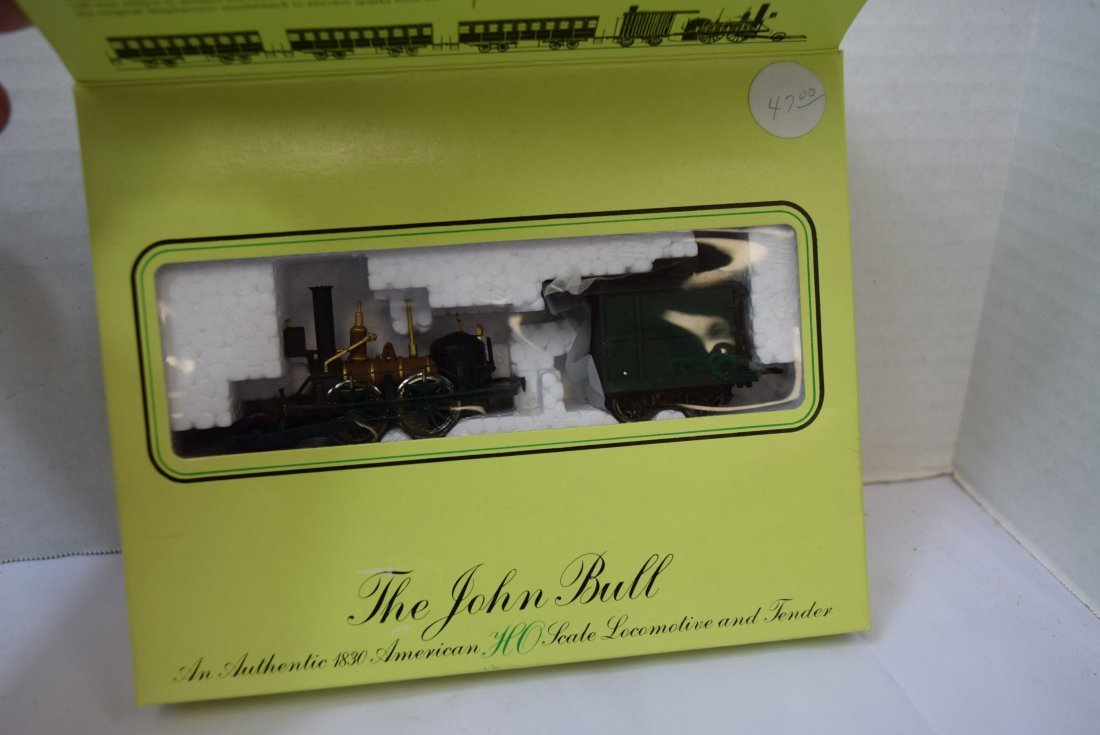 3 BACHMANN CLASSIC COLLECTOR SERIES HO SCALE LOCOM - 3