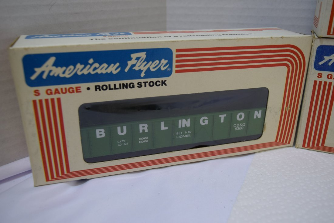 4 AMERICAN FLYER S GAUGE ROLLING STOCK NEW IN BOXE - 3