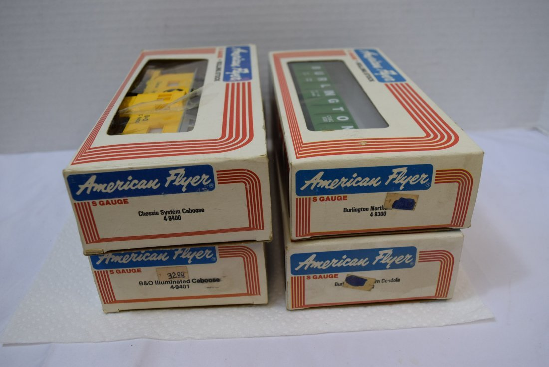 4 AMERICAN FLYER S GAUGE ROLLING STOCK NEW IN BOXE - 5