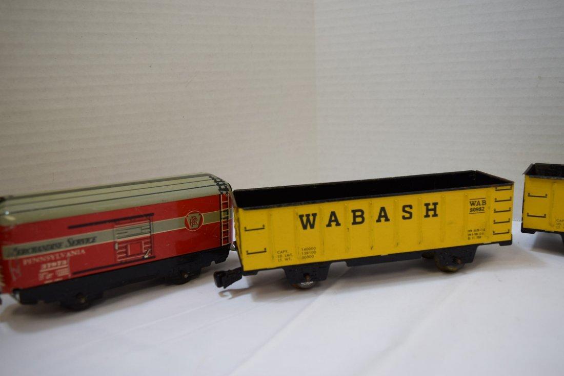 4 MARX TIN LITHO TRAIN CARS - 5