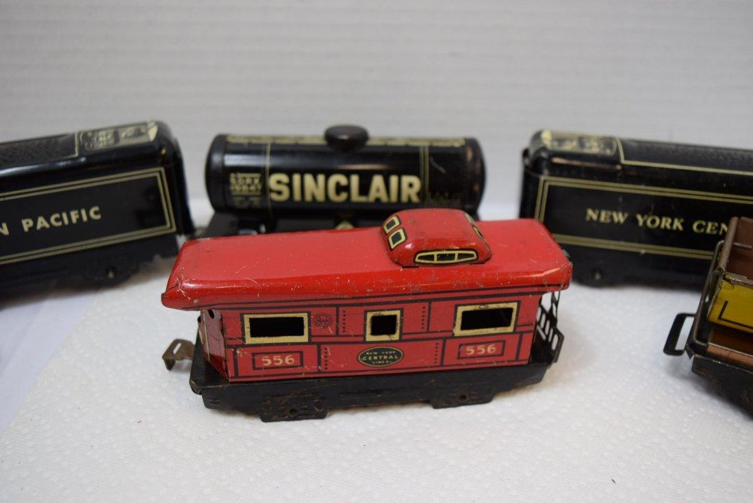 6 MARX TIN LITHO ROLLING TRAIN CARS - 3