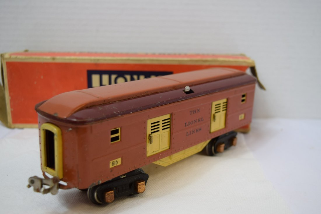 VINTAGE PREWAR LIONEL TINPLATE ROLLING BOX CAR 615 - 3