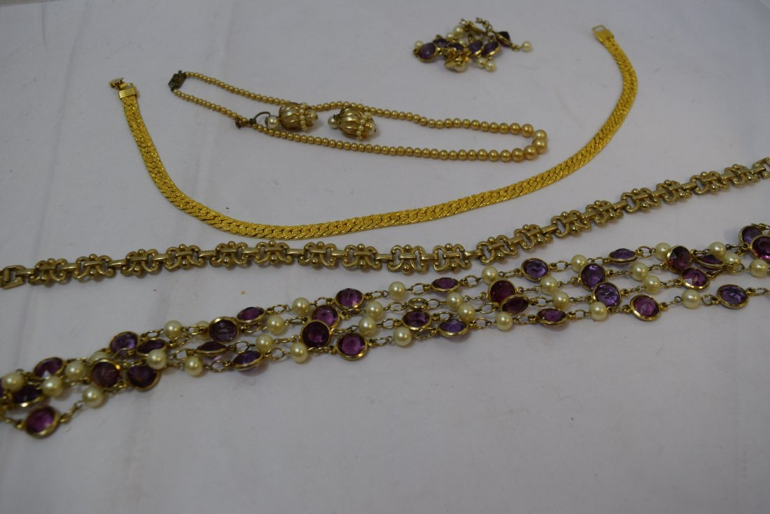 VINTAGE COSTUME JEWERLY LOT - 3