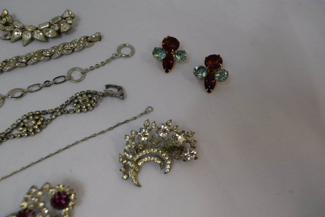 VARIOUS LOT OF JEWERLY - 3