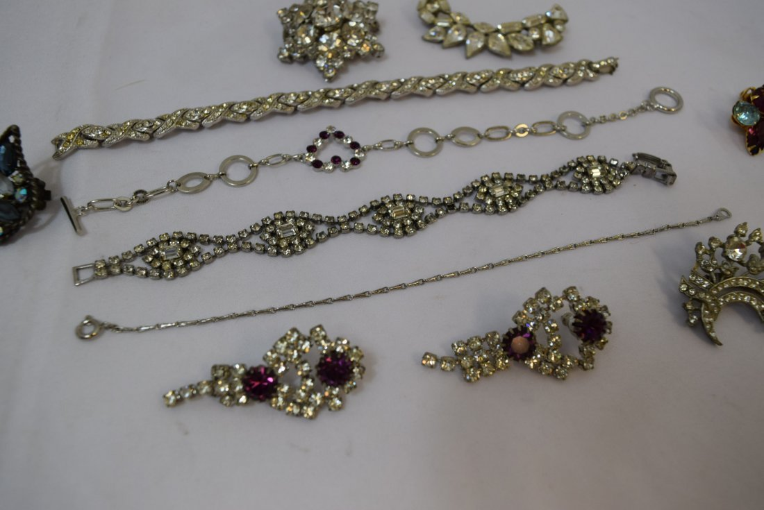 VARIOUS LOT OF JEWERLY - 4