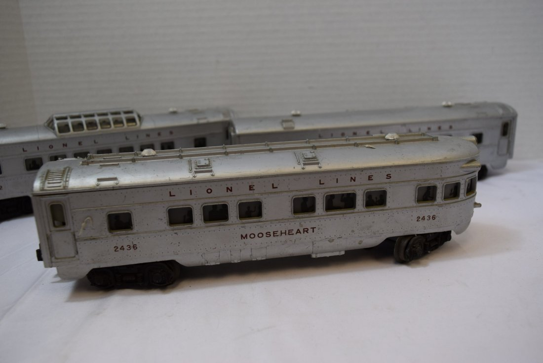 3 LIONEL TRAIN LIGHTED OBSERVATION CARS - 2