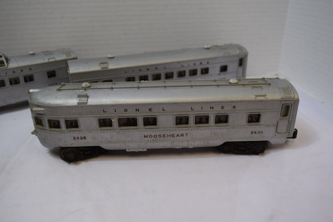3 LIONEL TRAIN LIGHTED OBSERVATION CARS - 4