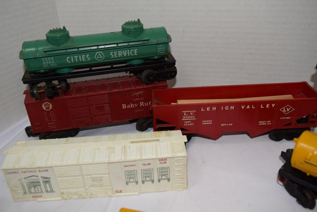 8 VARIOUS LIONEL TRAIN  CARS - 3