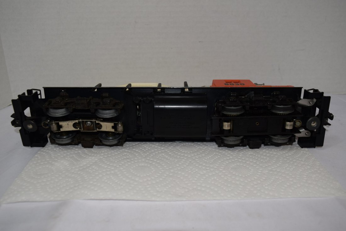 LIONEL TRAIN ILLINOIS CENTRAL 8030 O GAUGE DIESEL - 5