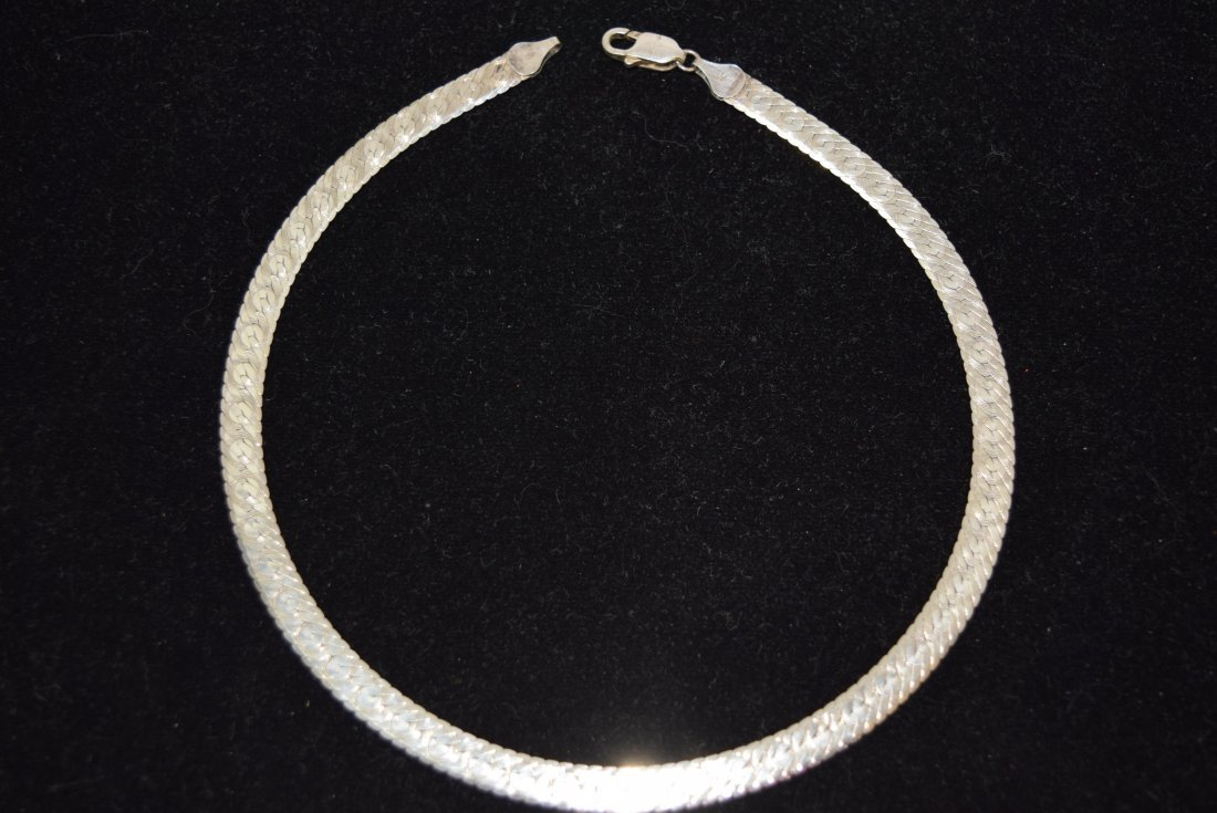 STERLING DOUBLE WIDE STRAND NECKLACE. 20.9 GRAMS. - 2