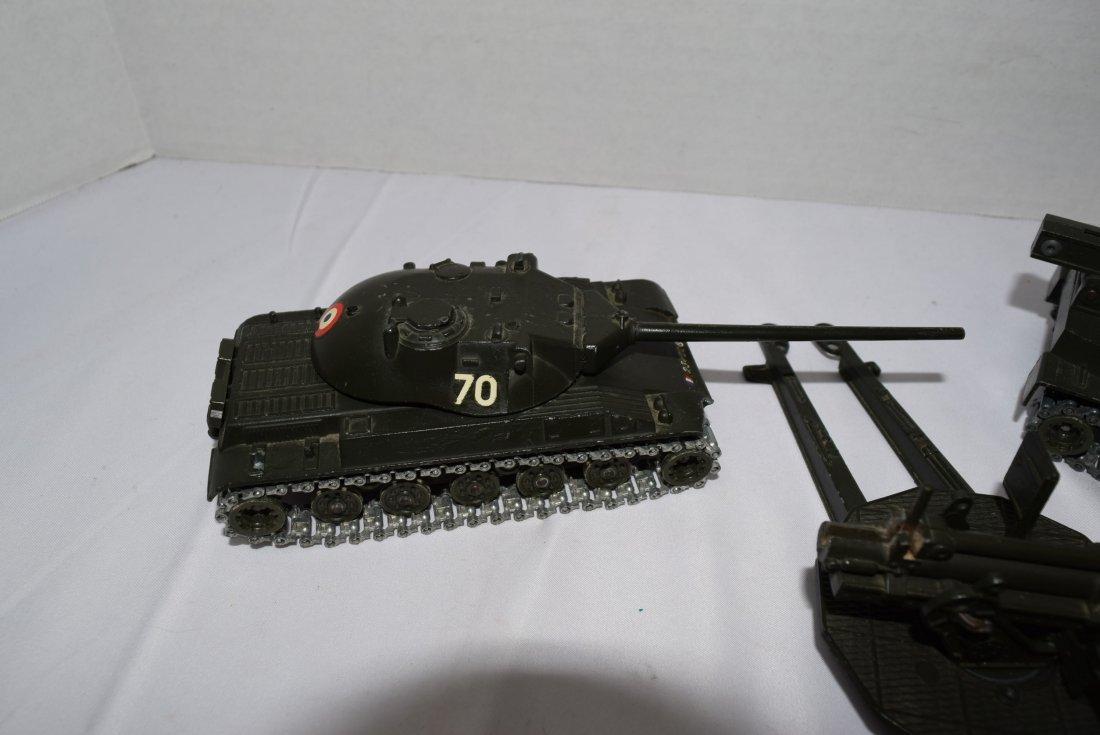 2 SOLIDO TANK; ROCKET LAUNCHER & 1 ARTILLERY GUN - 2