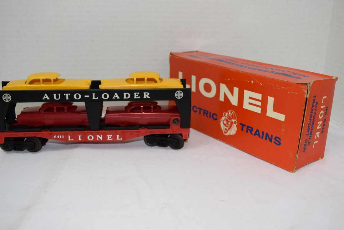 LIONEL AUTOMOBILE TRANSPORT CAR WITH 4 CARS
