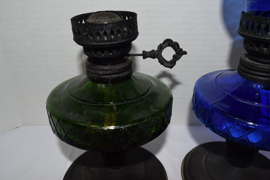 2 COLORED GLASS OIL LAMPS - 2