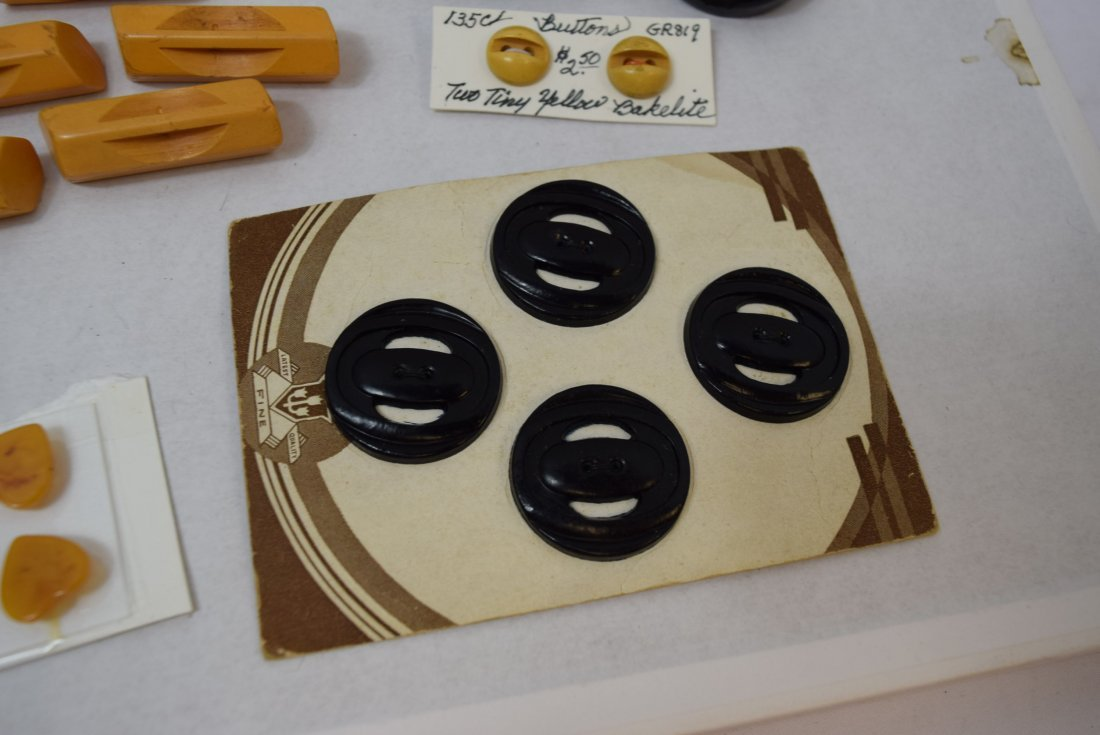 BAKELITE YELLOW AND BLACK BUTTONS - 3