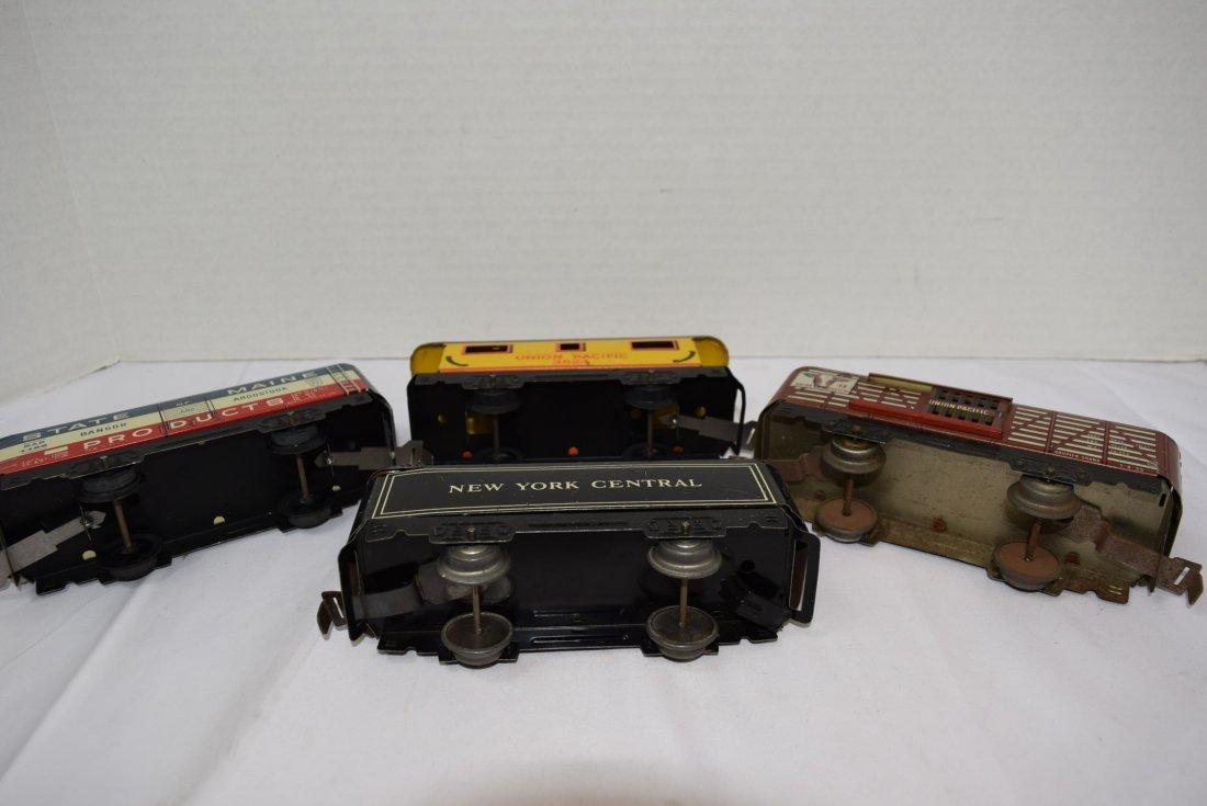 4 MARX TIN LITHO ROLLING TRAIN CARS - 6