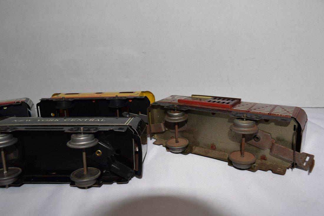 4 MARX TIN LITHO ROLLING TRAIN CARS - 7