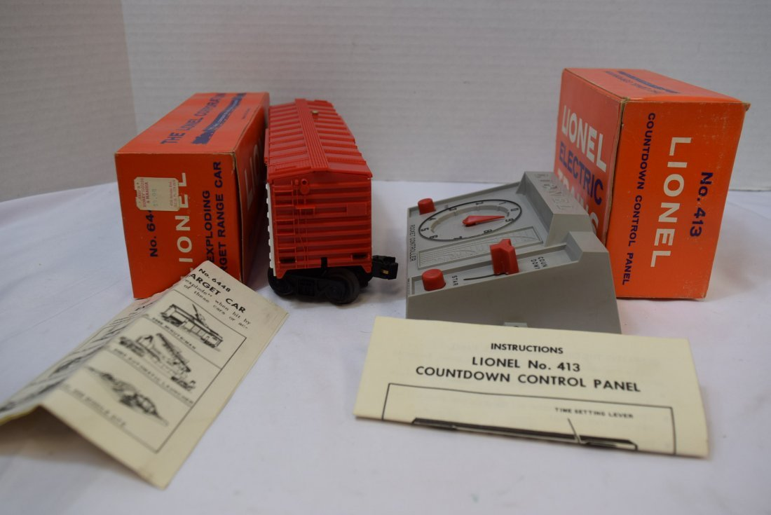 VINTAGE LIONEL TRAIN; EXPLODING TARGET CAR  AND CO - 4