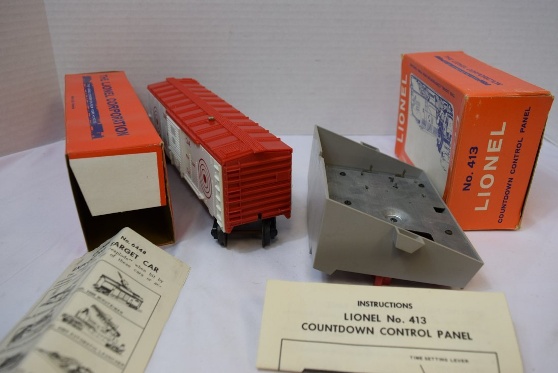 VINTAGE LIONEL TRAIN; EXPLODING TARGET CAR  AND CO - 5