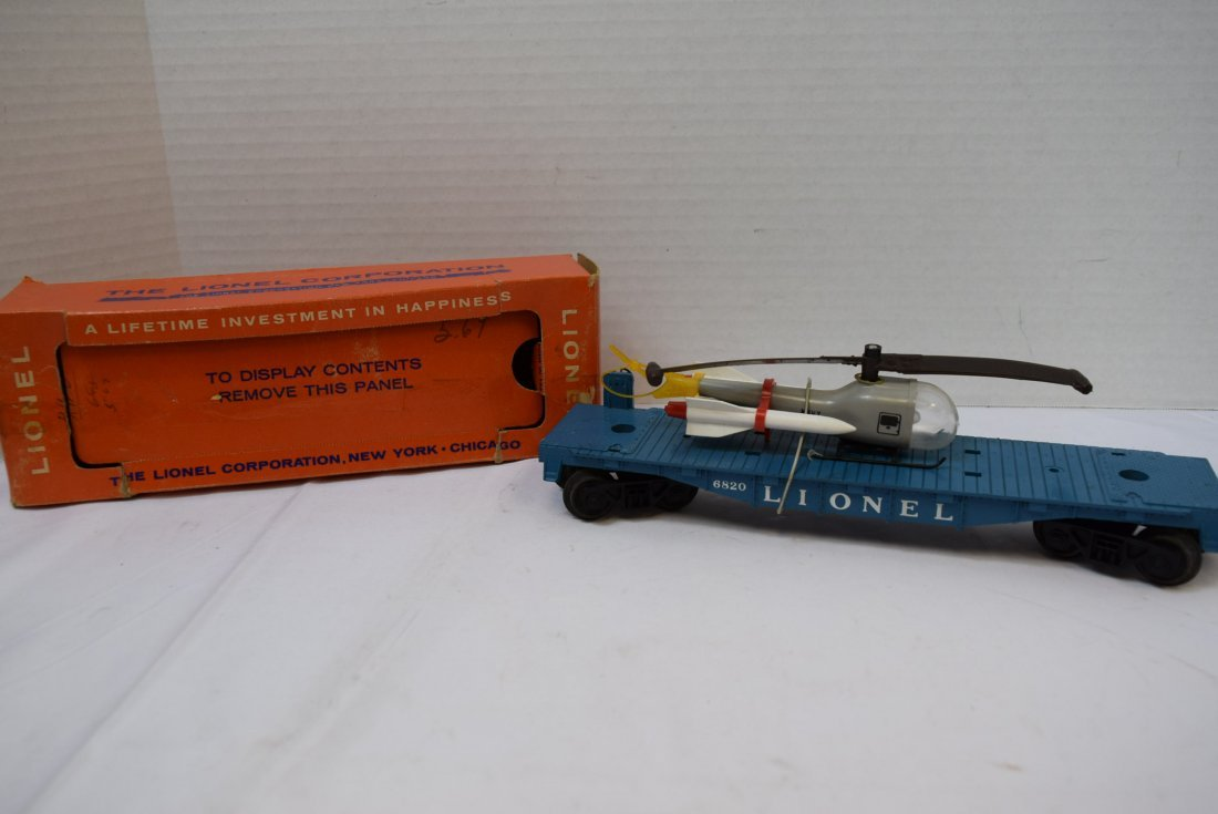 LIONEL FLAT CAR WITH HELICOPTER & MISSILES 6820