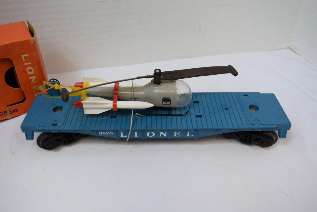 LIONEL FLAT CAR WITH HELICOPTER & MISSILES 6820 - 2