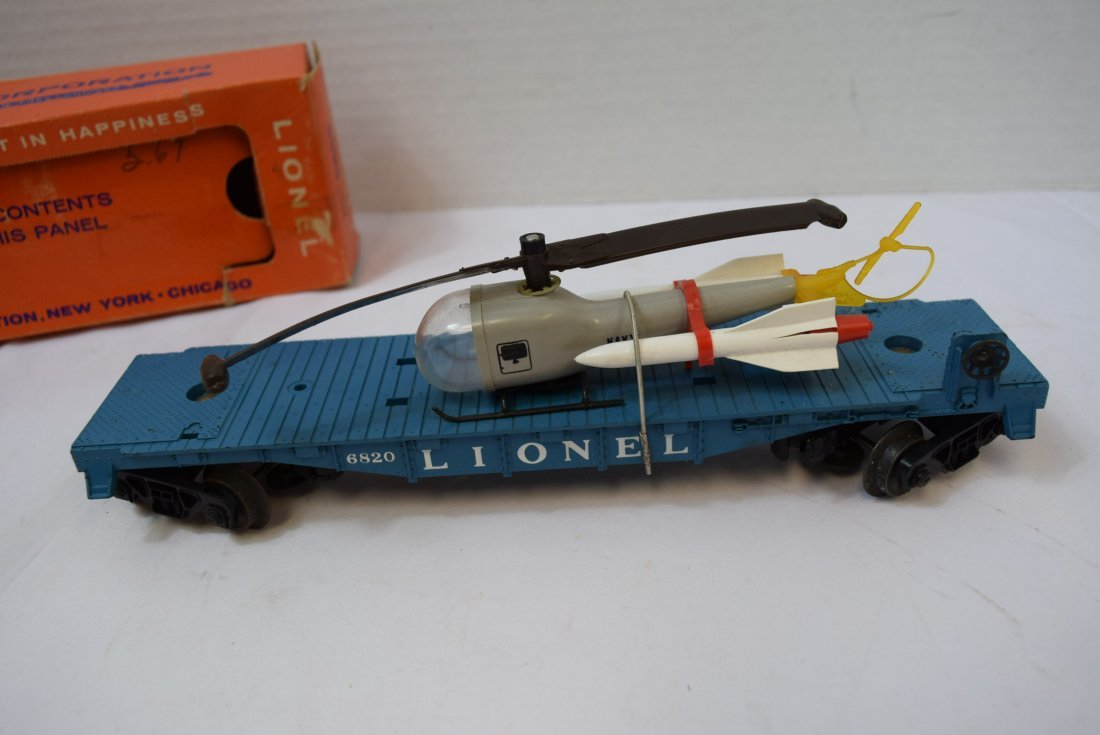LIONEL FLAT CAR WITH HELICOPTER & MISSILES 6820 - 3