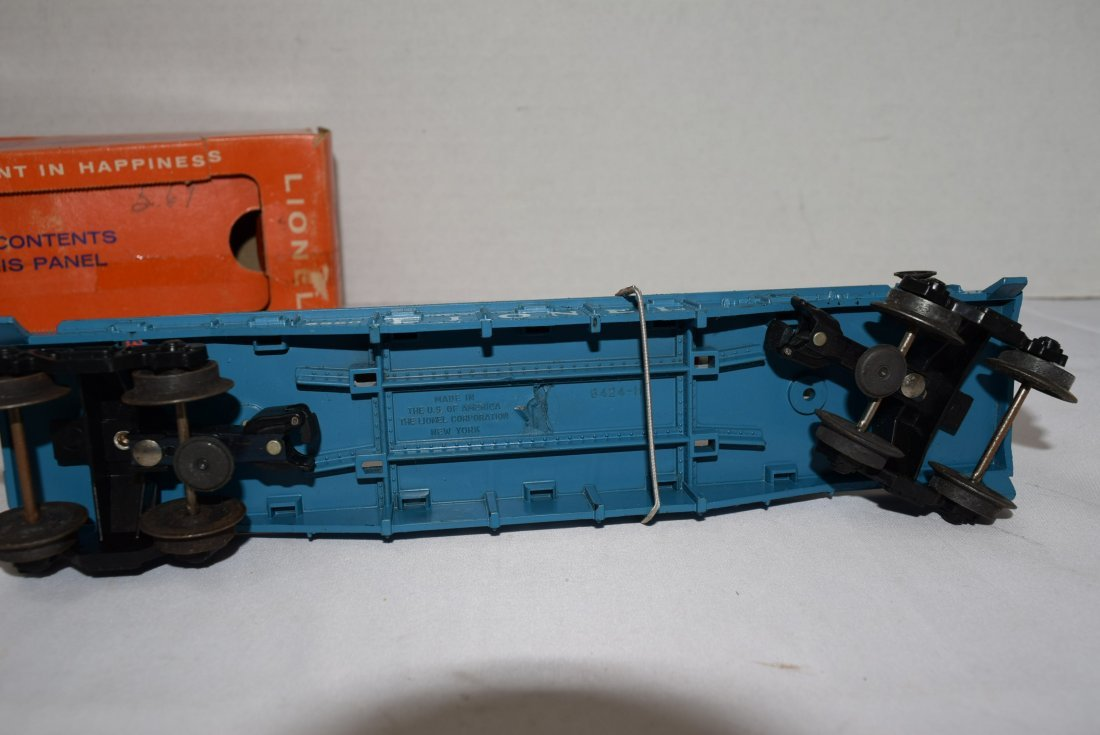 LIONEL FLAT CAR WITH HELICOPTER & MISSILES 6820 - 5