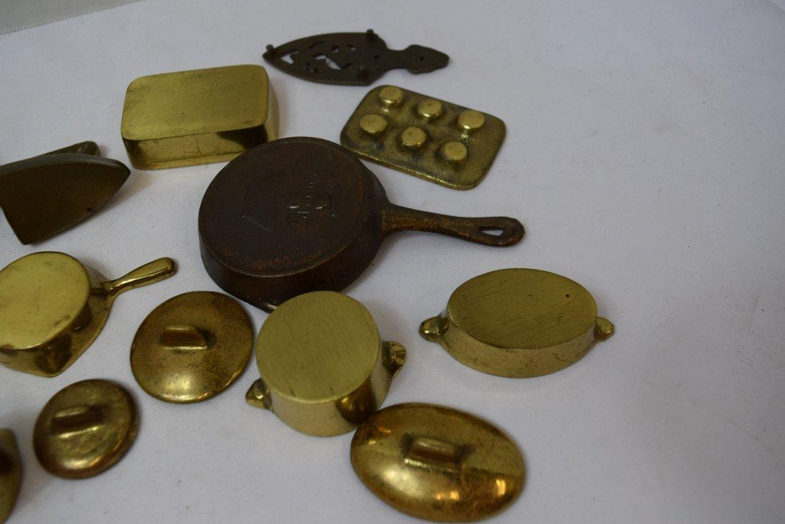 VINTAGE 12 PIECE LOT OF MINIATURE METAL PANS AND M - 5