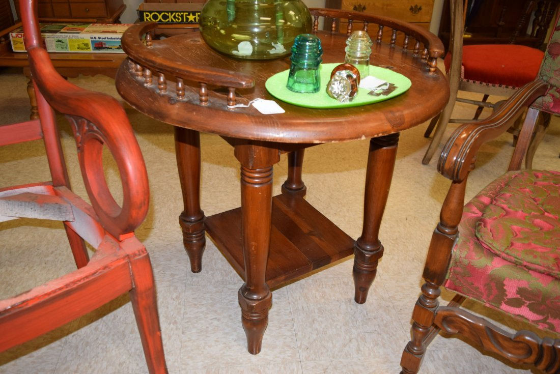 ANTIQUE ROUND TALL END TABLE - 3