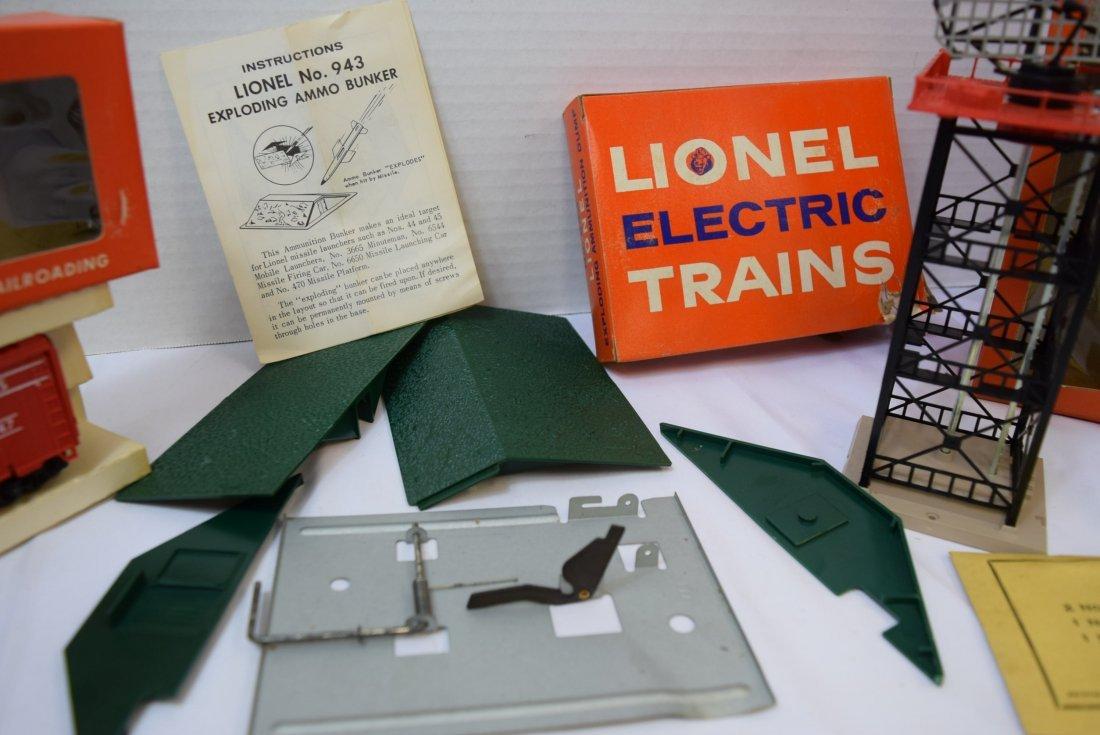 LIONEL HO RADAR ANTENNA; EXPLODING BOX CAR AND EXP - 4