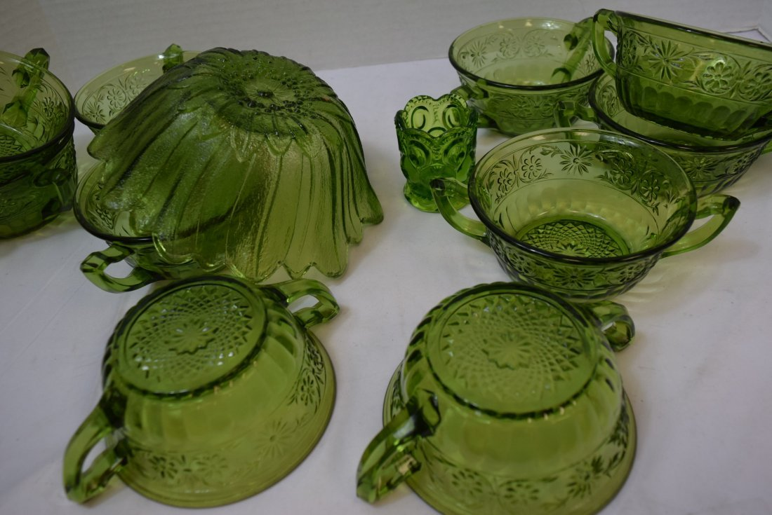 VINTAGE INDIANA GLASS 10 DAISY CREAM SOUP BOWLS & - 5