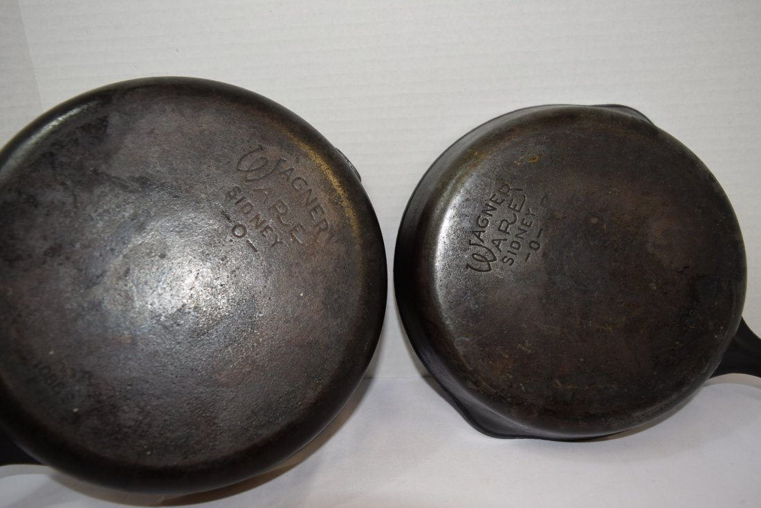 3 PIECES OF VINTAGE WAGNER WARE CAST IRON COOKWARE - 6